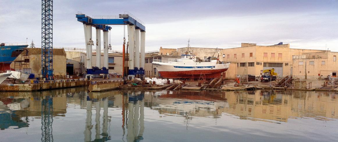 vista del cantiere navale MECANAV